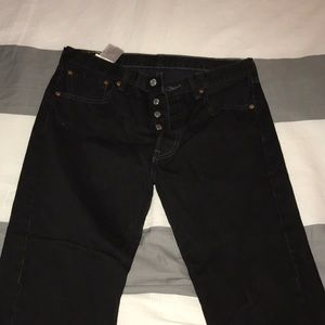 BNWOT black Levi 501 jeans 🖤